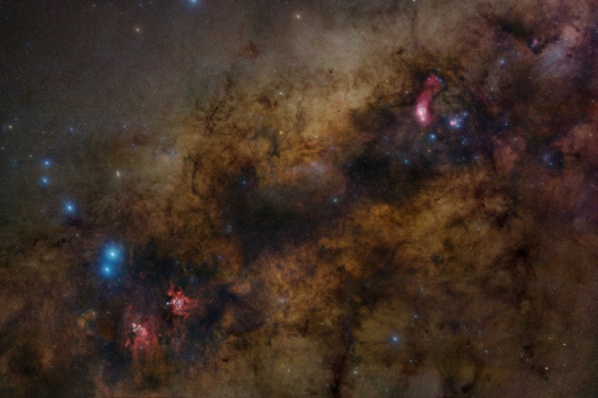 Widefield mosaic of the center of the Milky Way galaxy - Image Courtesy of Robert Gendler